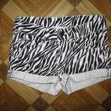 Шикарные шорты в принт H&M девочке на 8-10 лет