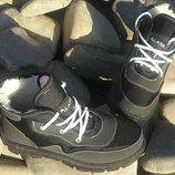 Зимние подростковые кроссовки