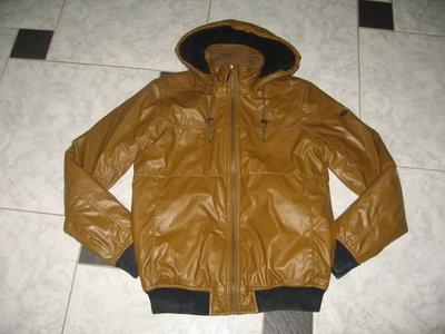 Pull&Bear оригинал.Утепленная курточка-заменитель