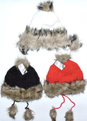 Новая Женская шапочка.3 цвета укрпочта 12 грн.