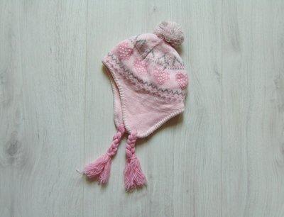 Нежная стильная шапка для девочки. Внутри на флисе. Matalan. Размер 2-4 года. Состояние новой вещи.