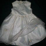 Нарядное платье 12-18мес